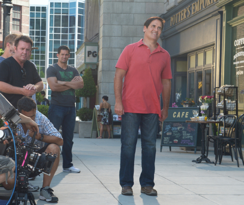 Mark Cuban films a commercial for the new Relaxed Fit from SKECHERS footwear collection. (Photo: Business Wire)