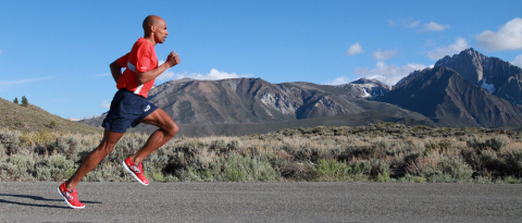 Meb trains in Mammoth Lakes, California wearing Skechers GOrun Speed footwear. (Photo: Business Wire)
