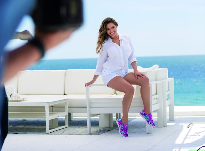 Kelly Brook_Skechers Campaign_BTS 1